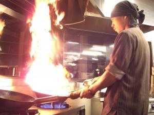 炎の仕事人が作る究極のつけ麺!
